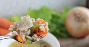 Slow Cooker Lemon Chicken Soup with Farro